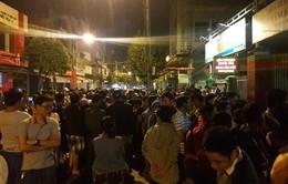 """""""Vỡ trận"""" tiêm chủng dịch vụ ở Đà Nẵng từ rạng sáng"""