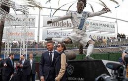 Tượng Beckham được ra mắt ở LA Galaxy