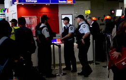 Australia cấm cửa du khách nước ngoài bạo hành phụ nữ và trẻ em
