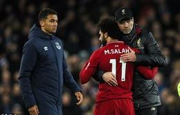 Mất ngôi đầu Ngoại hạng Anh, HLV Liverpool đổ tại... gió