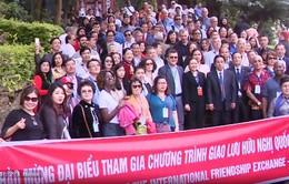 Du xuân tăng cường tình hữu nghị giữa Việt Nam và bạn bè quốc tế