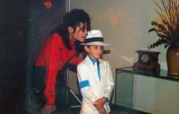 Công chiếu phim tài liệu tố cáo Michael Jackson lạm dụng tình dục trẻ em, khán giả nói gì?