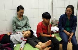 Vụ học sinh ăn nhầm bột thông bồn cầu: Sức khỏe các em đã ổn định