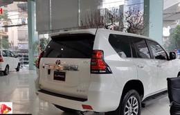 Thị trường ô tô sức mua yếu, đại lý tặng thêm gói phụ kiện