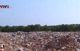 Bất cập từ những bãi rác quá tải ở Quảng Trị