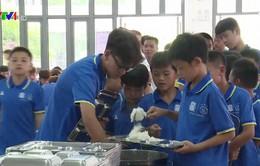 Trung Quốc siết chặt quản lý an toàn thực phẩm tại tất cả trường học