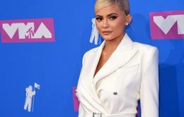 Kylie Jenner trở thành tỷ phú tự thân trẻ nhất thế giới