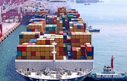 Bloomberg: Thâm hụt thương mại của Mỹ có thể tăng thêm 100 tỷ USD