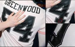 KHÓ TIN: Sao trẻ Man Utd mặc nhầm áo PSG trong ngày ngược dòng ngoạn mục