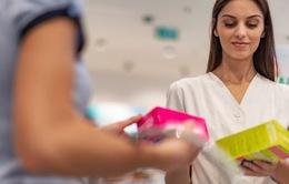 Bệnh nhân nữ nhập viện tại Anh được phát băng vệ sinh miễn phí