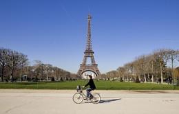 Nhiều hoạt động mừng sinh nhật tháp Eiffel tròn 130 năm tuổi