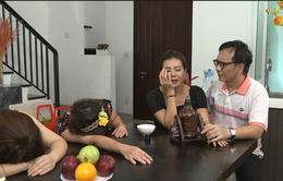 Gia đình 4.0: Bất ngờ xuất hiện thứ rượu kỳ lạ khiến người uống trở về quá khứ