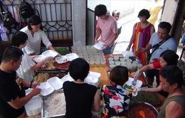Cơm Tự Tâm - Những suất ăn miễn phí giúp đỡ bệnh nhân nghèo