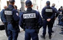 Pháp báo động tình trạng cảnh sát tự tử