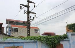 Xây nhà dưới đường điện cao thế, 1 người tử vong