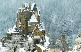 Top 10 lâu đài đẹp nhất mọi thời đại