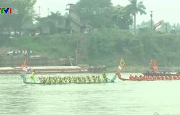 Rộn ràng lễ hội bơi chải truyền thống trên sông Lô