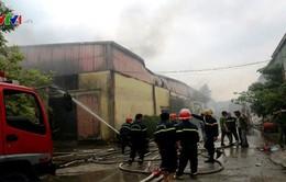 Bắc Giang: Hỏa hoạn thiêu rụi 1.600m2 nhà xưởng