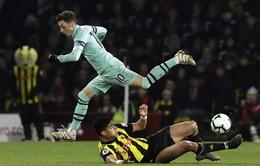 VIDEO: Arsenal trở lại top 4 sau chiến thắng đầy may mắn trước Watford!