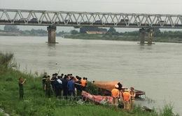 Bắc Ninh: Bị bạn chị gái làm nhục, nữ sinh nhảy cầu tự vẫn