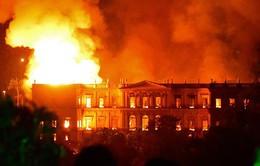 """Những công trình nổi tiếng bị tàn phá bởi """"bà hỏa"""""""