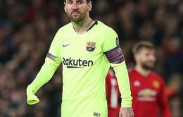 """Van Dijk liệu có trị Messi theo cách """"đấm không trượt phát nào"""" của Smaling?"""