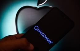 """Vì iPhone 5G, Apple đã phải """"lót tay"""" cho Qualcomm bao nhiêu tiền?"""