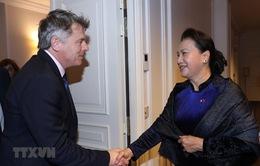 Đảng Cộng sản Việt Nam coi trọng quan hệ hữu nghị, đoàn kết với Đảng Cộng sản Pháp