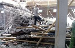 Sập giàn giáo công trình tại Nam Định, 1 người thiệt mạng