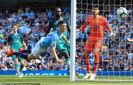 Sao 18 tuổi tỏa sáng, Man City phục hận trước Tottenham để chiếm ngôi đầu Ngoại hạng Anh