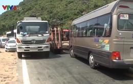 Nguy cơ mất an toàn giao thông trên đèo Hải Vân