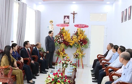 Chủ tịch Ủy ban Trung ương MTTQ Việt Nam chúc mừng Lễ Phục sinh năm 2019 tại Bình Thuận