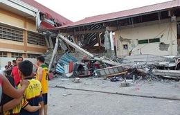 Sập nhà do động đất tại Philippines, hàng chục người bị mắc kẹt