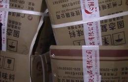 Thu giữ hơn 3 tấn phụ gia sản xuất bim bim không đảm bảo
