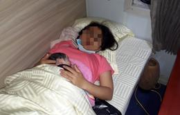 Một bé gái chào đời trên đoàn tàu Thống Nhất