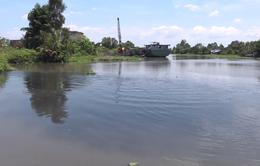 Người dân Hậu Giang nghi ngờ nhà máy đường xả nước thải gây ô nhiễm