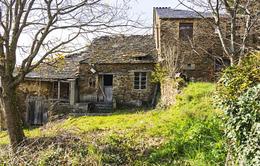 """Hàng trăm ngôi làng """"ma"""" được rao bán ở Tây Ban Nha"""