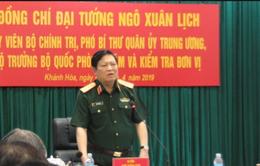 Bộ trưởng Bộ Quốc phòng thăm và làm việc với các đơn vị tại Khánh Hòa
