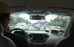 """Nhiều xe taxi các tỉnh giáp ranh """"chạy chui"""" tại Hà Nội"""