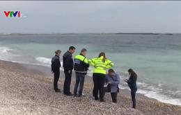 Romania điều tra vụ 130kg cocaine trôi dạt ngoài biển