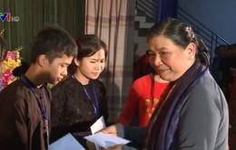Phó CTQH Tòng Thị Phóng thăm Trường dân tộc Nội trú - THPT tỉnh Tuyên Quang