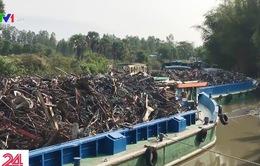 Phát hiện hàng nghìn tấn phế liệu nghi nhập lậu tại Đồng Tháp
