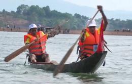 Về Gia Lai xem đua thuyền độc mộc