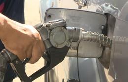 Giá xăng có thể tiếp tục tăng sau kỳ nghỉ lễ