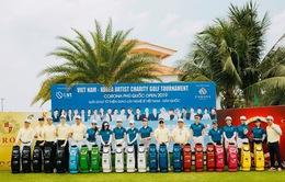 Các nghệ sỹ gây quỹ từ thiện trong giải golf giao lưu Việt Nam – Hàn Quốc