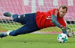 Thỏa mãn yêu sách, Bayern Munich trói chân thành công thủ quân Neuer