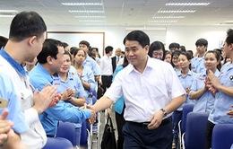 Chủ tịch UBND TP Hà Nội đối thoại với công nhân lao động
