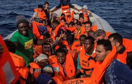 Italy giải cứu hơn 60 người di cư ở ngoài khơi Libya