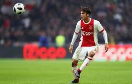 Sao Ajax trả lời khiến Arsenal và Real Madrid chưng hửng