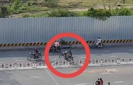 """""""Quái xế"""" tổ chức đua xe giữa ban ngày ở TP.HCM"""
